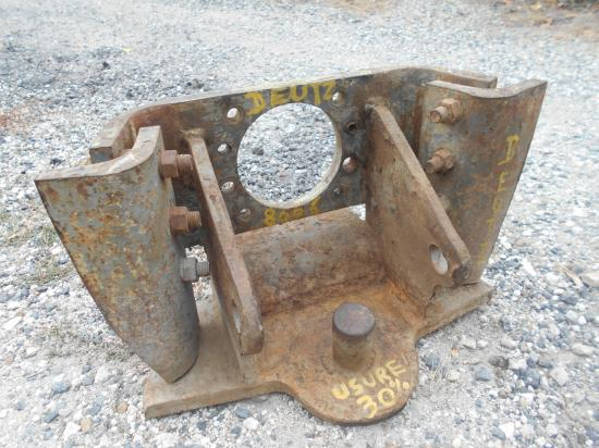 Attelage piton fixe tracteur deutz 8006