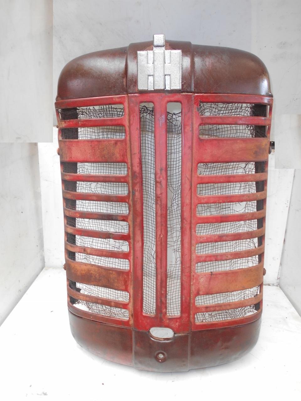 Calandre tracteur ih mc cormick f 135 137 d 2