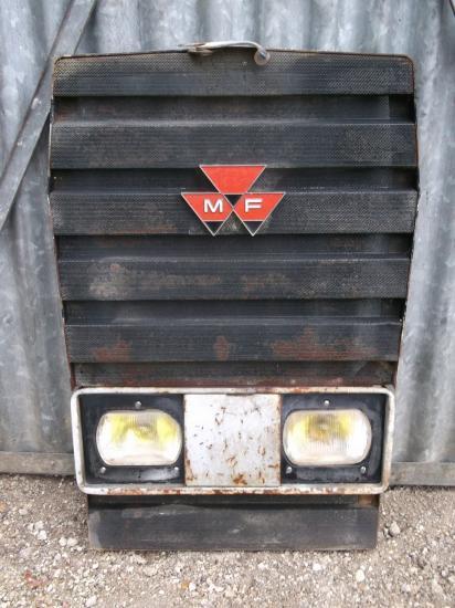 Calandre tracteur massey ferguson mf 595
