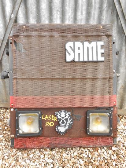 Calandre tracteur same laser 90 laser90