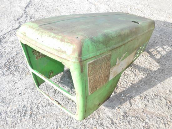Capot tracteur deutz 7807