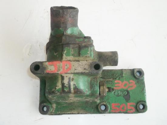 collecteur-eau-pipe-tracteur-john-deere-jd-303-505.jpg
