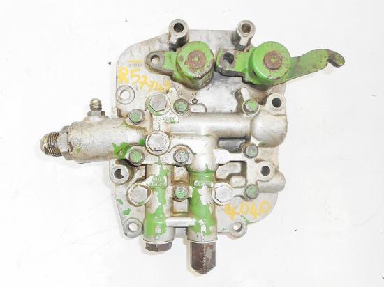 Commande soupape de regulation embrayage hydraulique john deere 4040