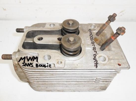 Culasse moteur mwm 308 308 2 308 4 d325 d 325 d 325 d 325 1 2 3 4 5 6 cylindres tracteur renault m w m