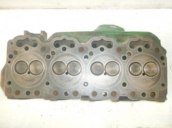 culasse-tracteur-john-deere-4-cylindres.jpg