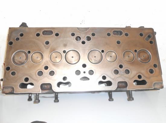 Culasse tracteur massey ferguson mf type a4 212 a4 236 a4 248