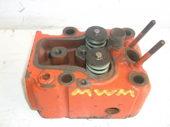 culasse-tracteur-mwm-type-d226-d227-renault-89-92-96-551-651-652-751-752-781-1151.jpg