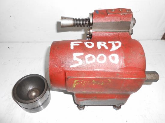 Cylindre de relevage tracteur ford 5000