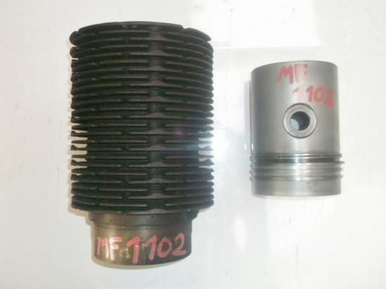 Cylindre piston tracteur massey 1102