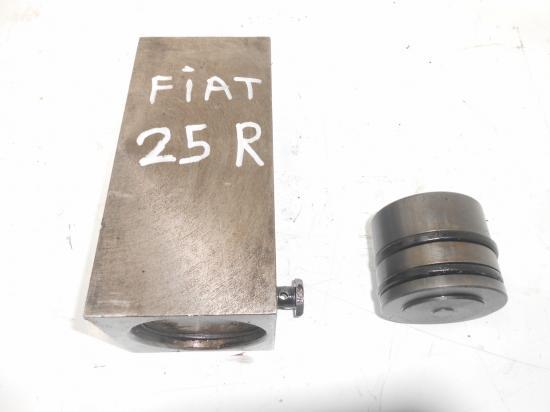 Cylindre verin de relevage tracteur fiat 25r