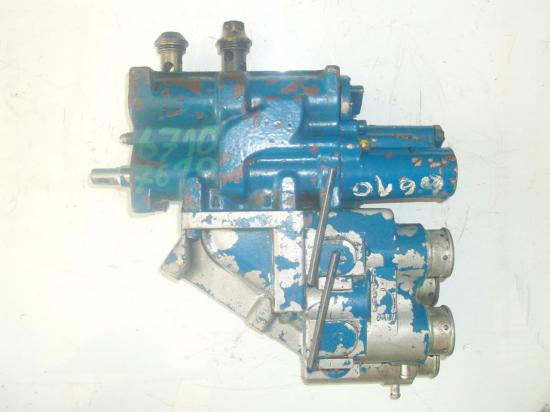 distributeur-hydraulique-ford-6610-6710.jpg