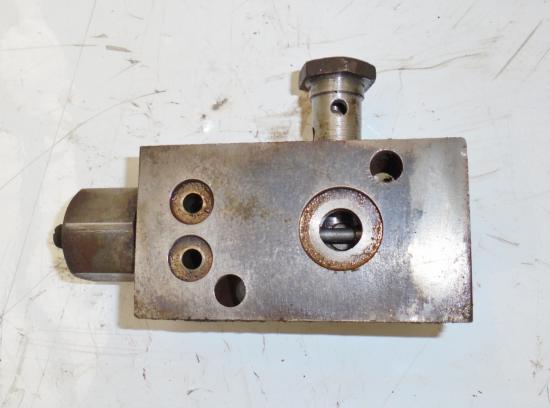 Distributeur hydraulique john deere 310 510 710