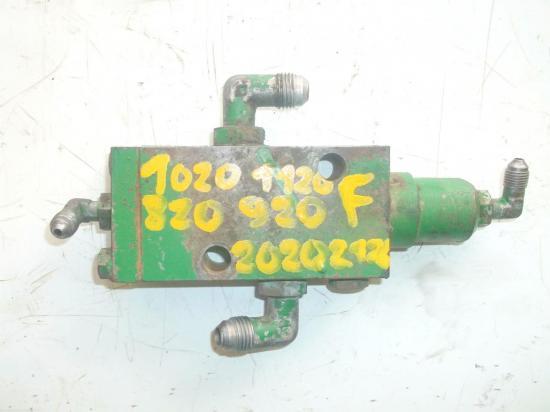 distributeur-hydraulique-john-deere-frein.jpg