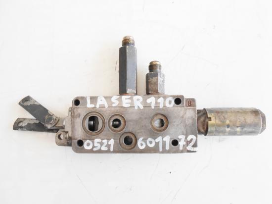Distributeur tracteur same laser 110