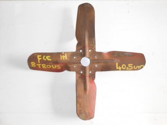 helice-ventilateur-pale-tracteur-mc-cormick-fcc-8-trous-40-5cm.jpg