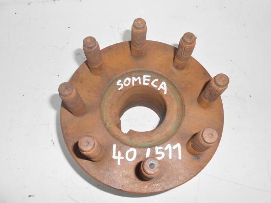 Moyeu cone de roue tracteur someca 40 511