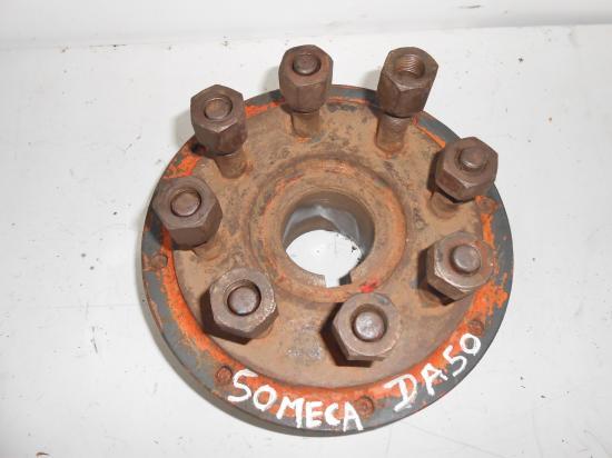 Moyeu cone de roue tracteur someca da50