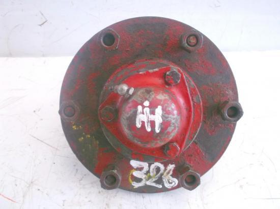 moyeu-de-roue-tracteur-ih-mc-cormick-d326-326.jpg