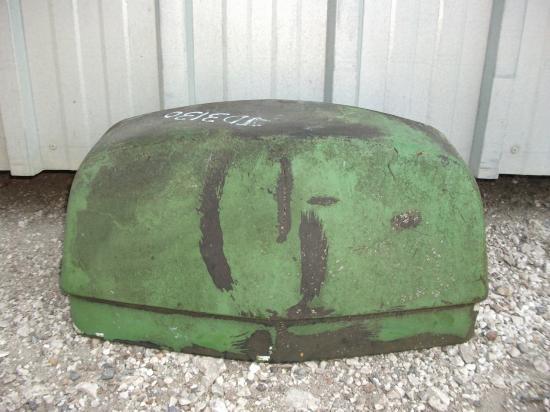 Nez de capot tracteur john deere 3130