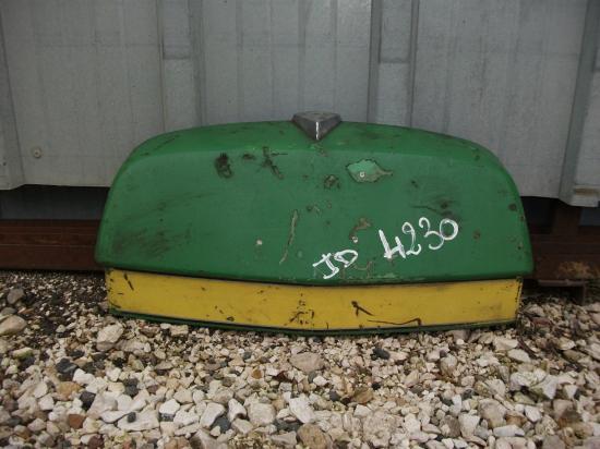 Nez de capot tracteur john deere 4230
