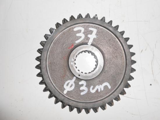 Pignon de boite de vitesse tracteur massey ferguson mf 25 30 130 825 830 37 dents