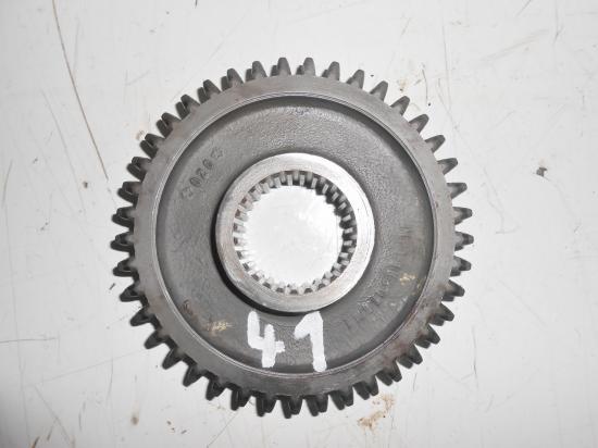 Pignon de boite de vitesse tracteur massey ferguson mf 25 30 130 825 830 41 dents