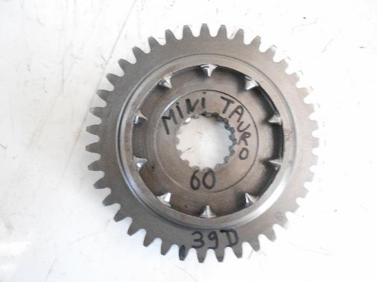 Pignon de boite de vitesse tracteur same minitauro 60 39 dents