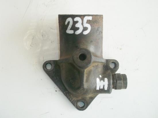 pipe-collecteur-eau-culasse-tracteur-ih-utility-farmall-mc-cormick-fcd-f-fu-235-d.jpg