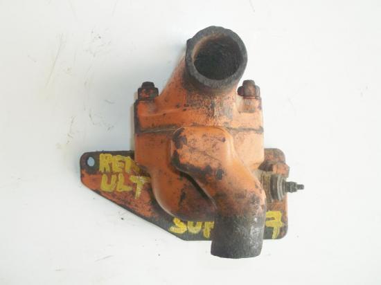 pipe-collecteur-eau-culasse-tracteur-renault-super-7.jpg