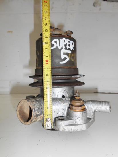 Pompe a eau tracteur renault super 5