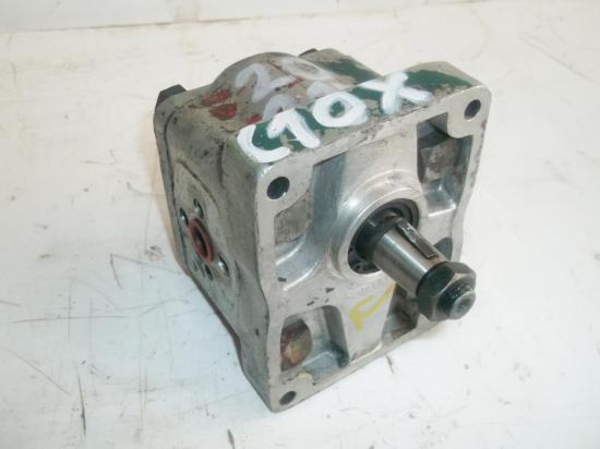 pompe-de-relevage-hydraulique-tracteur-someca-fiat-20-215-reference-c10x.jpg