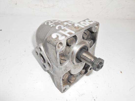 Pompe de relevage hydraulique tracteur someca fiat 20 25 215 reference 2h10cx