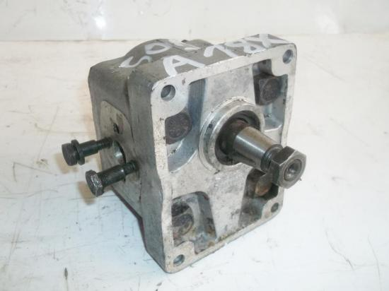 pompe-de-relevage-hydraulique-tracteur-someca-fiat-30-30b-315-reference-a18x.jpg