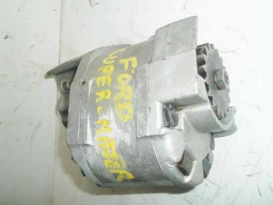 pompe-hydraulique-relevage-tracteur-ford-fordson-super-major.jpg