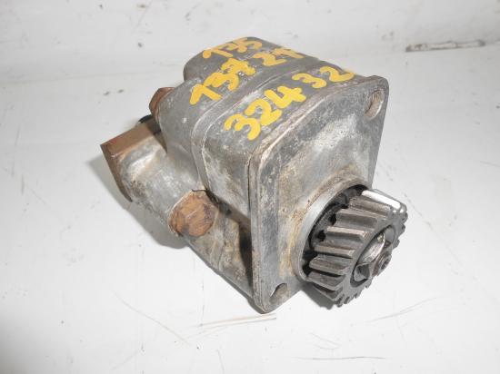 Pompe hydraulique relevage tracteur mc cormick utility farmall f fu 135 137 217 f 135 f 137 d d324 d326 324 326