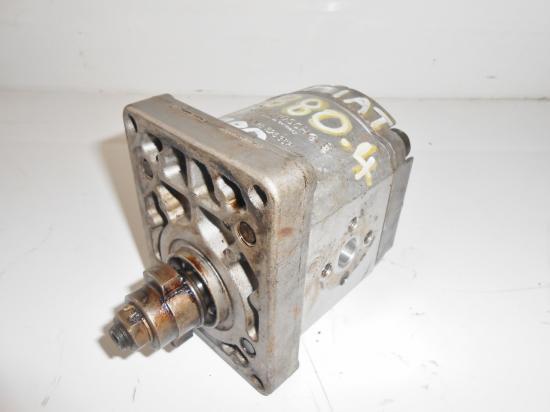 pompe hydraulique de relevage tracteur fiat 780 880 4 cylindres