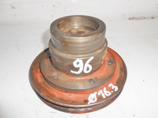 Poulie vilebrequin moteur tracteur renault 96 r96 226 4 226 4