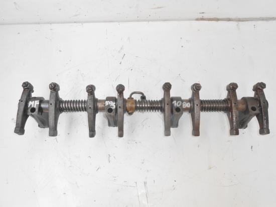 Rampe de culbuteur moteur tracteur massey ferguson mf 595 1080
