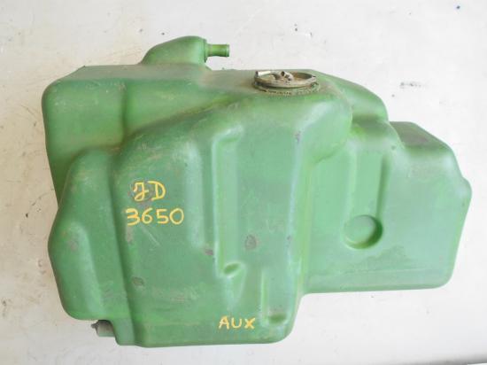 Reservoir john deere auxilaire tracteur 3650