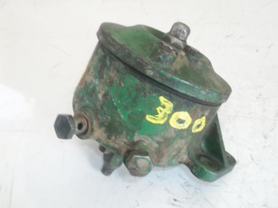support-bol-filtre-a-fuel-gasoil-tracteur-john-deere-lanz-300.jpg