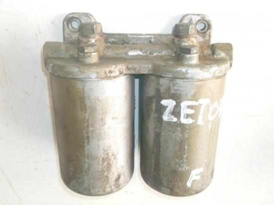 support-filtre-a-fuel-gasoil-tracteur-zetor-ursus-deux-purges.jpg