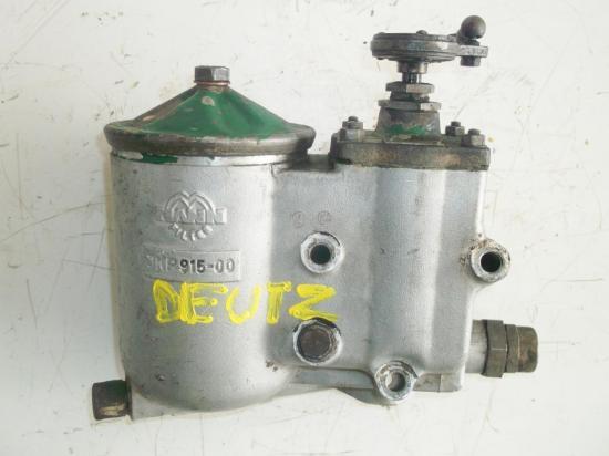 support-filtre-a-huile-tracteur-deutz.jpg