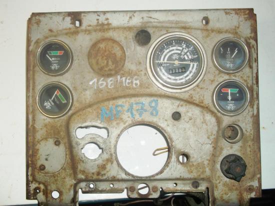 tableau-de-bord-tracteur-massey-ferguson-mf-168-178-188.jpg