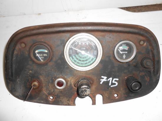 Tableau de bord tracteur someca fiat 715