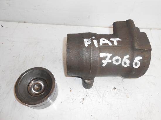 Verin de relevage tracteur fiat 7066