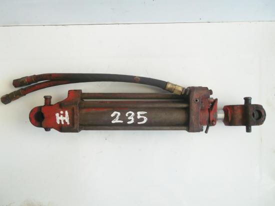 verin-de-relevage-tracteur-ih-farmall-utility-f-fu-235-d.jpg