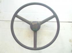 volant-utb-445-600-1.jpg